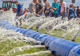 bevloeiingsslang waterslang sidijk gras droogte muizenplaag