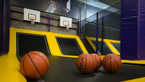 Sidijk Parcs de trampolines Zone de basket-ball